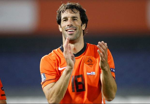 Blackburn Rovers reveal interest in Dutch veteran Ruud van Nistelrooy