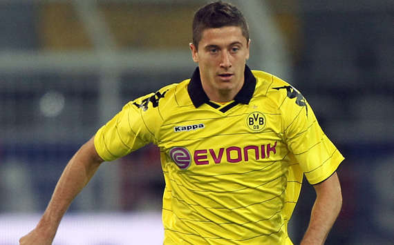 Robert Lewandowski, polnischer Nationalspieler im BVB-Trikot (Bongarts/Getty)