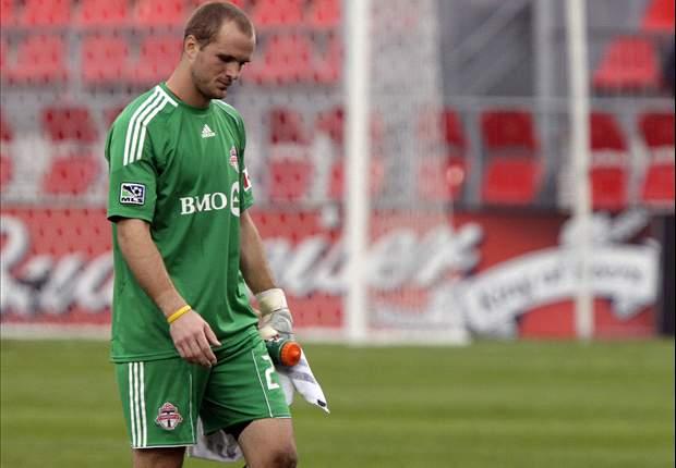 Toronto FC goalkeeper Stefan Frei suffers broken fibula