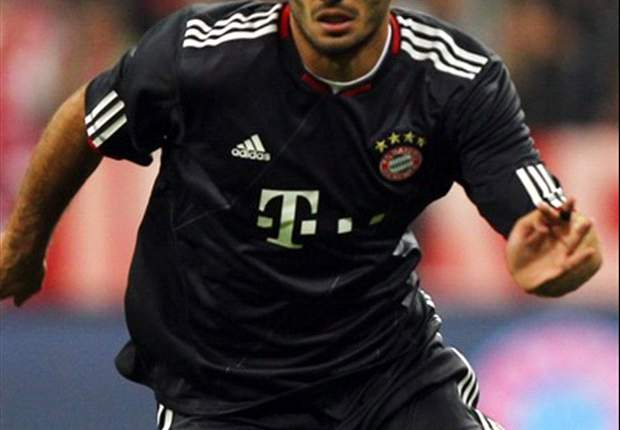 Bayern Munich's Hamit Altintop awaits surgery
