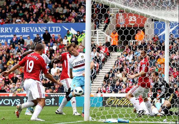 Stoke City 1-1 West Ham United: Kenwyne Jones scores to deny Hammers first win of the season