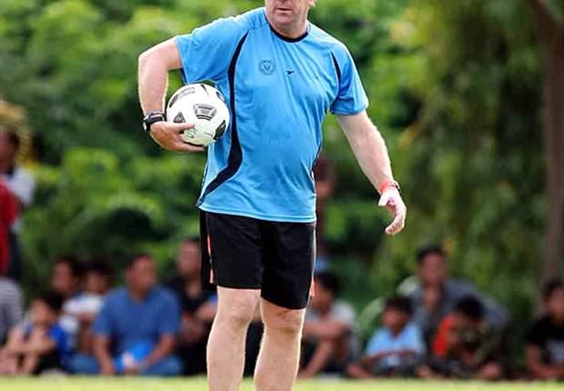 Negosiasi Buntu, Tiga Eks Pelatih Arema ISL Dicoret