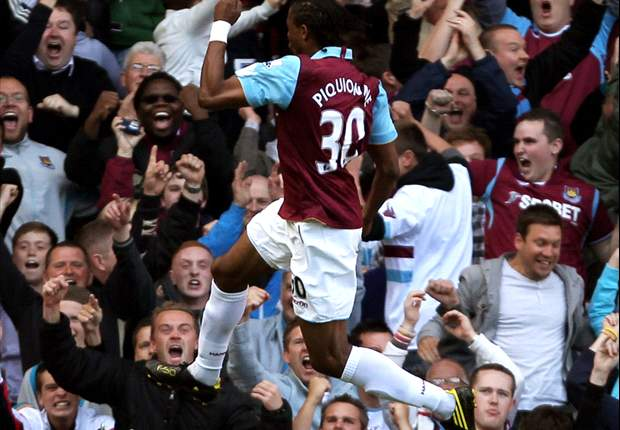 West Ham United 1-0 Tottenham: Frederic Piquionne Goal Hands Hammers First Premier League Win Of The Season