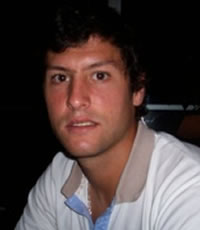 I. González