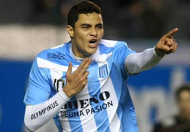 Sporting Lisbon prepare bid for Racing Club's Giovanni Moreno - report