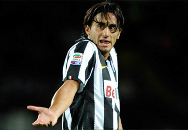 Juventus Ask Liverpool For €4m Discount On Alberto Aquilani