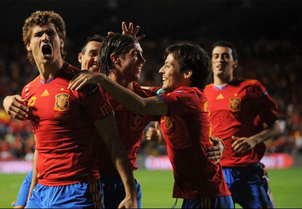 With David Villa & Fernando Torres In Poor Form, Fernando Llorente Must Lead Spain's Attack