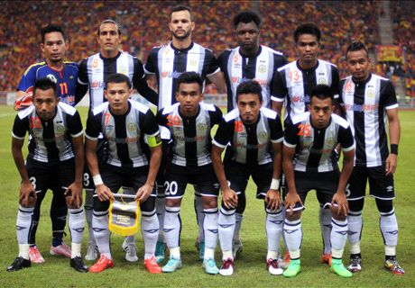 Gustavo Lopez extends contract with Terengganu