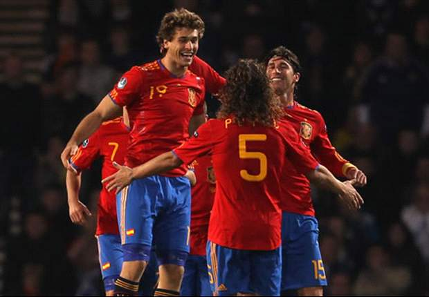 TEAM NEWS: Fernando Llorente starts for Spain against Lithuania, Fernando Torres remains on the bench