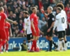 Liverpool 1-2 Man Utd: Gerrard red
