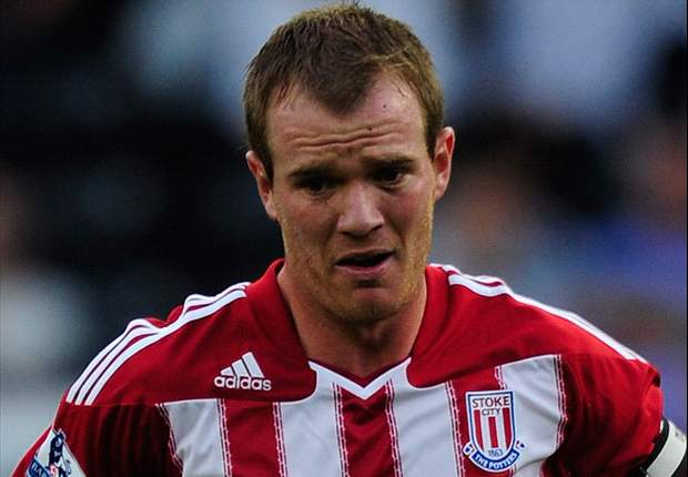 Stoke midfielder Glenn Whelan hopes to get one over on former club Manchester City in the FA Cup final