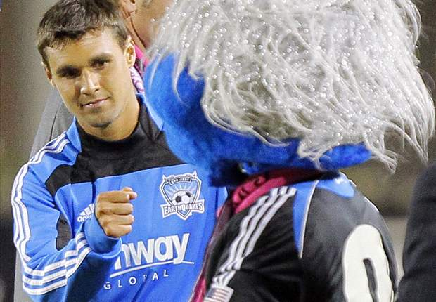 San Jose Earthquakes 1-3 Vancouver Whitecaps: Chris Wondolowski leads come-from-behind win