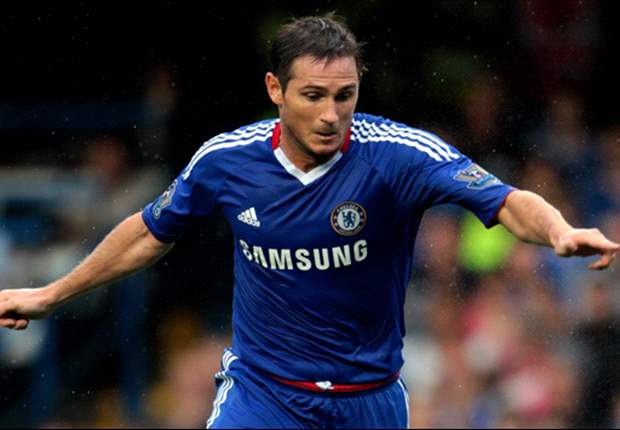Frank Lampard will start for Chelsea against Manchester United on Sunday