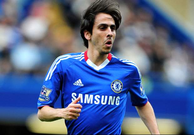 Official: Chelsea midfielder Yossi Benayoun joins Arsenal on loan