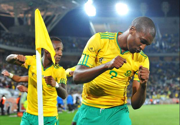 Sundowns striker Mphela linked with SuperSport United