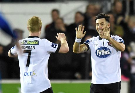Towell double keeps Dundalk top