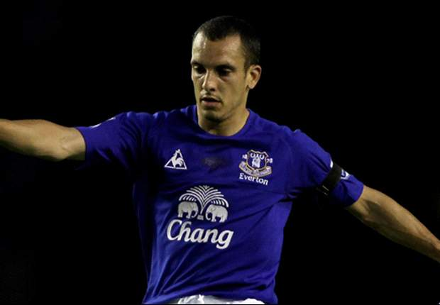 Everton's Leon Osman faces another six weeks out of action after undergoing ankle surgery