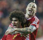 Bélgica goleó y sigue en la pelea