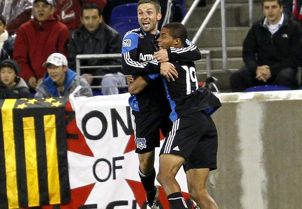San Jose Earthquakes 2-1 New England Revolution: Second half surge leads Quakes to second straight win