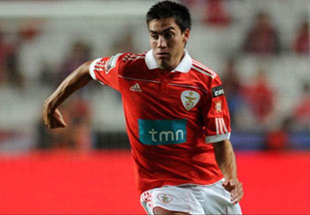 Gaitan: Manchester United are a great club but speculation will not affect my Benfica performances