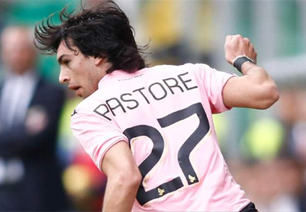 Even if Chelsea were to make an offer, Javier Pastore would not move - Palermo president says midfielder is staying for another year