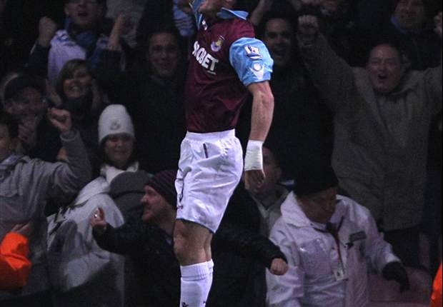 West Ham United boss Avram Grant praises Scott Parker after Wigan victory