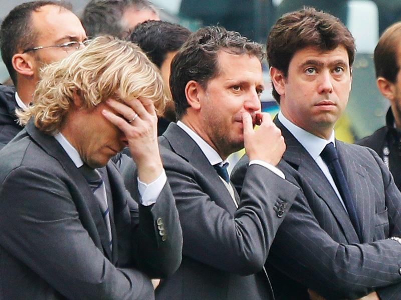 """Ag. Neto: """"Piace a diversi club, non solo alla Juve. Non abbiamo preso una decisione"""""""