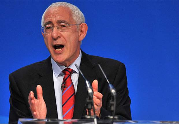 Former FA chairman Lord Triesman accuses four Fifa members of corruption during England's doomed World Cup 2018 bid