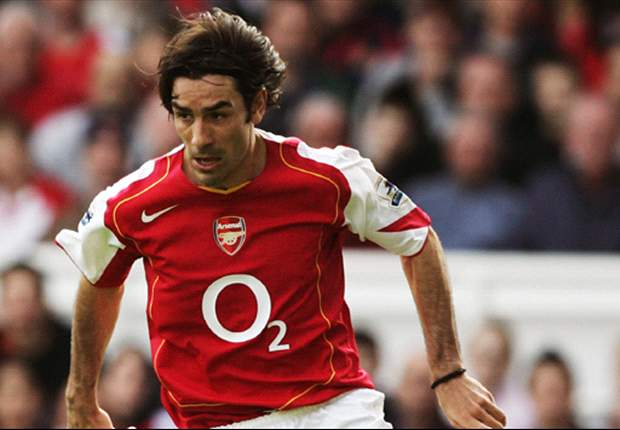Pires: Ozil can win Arsenal the Premier League