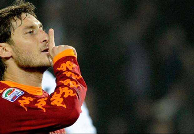 Roma Idol Francesco Totti Set To Regain Starting Place Against Palermo After Heroics Against Bayern Munich