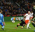 Dutch smash Spain...again