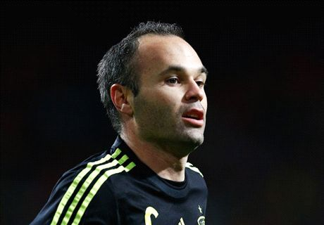 Booing Iniesta's a disgrace - Hiddink