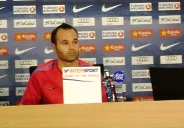 Andres Iniesta rubbishes rumours he will leave Barcelona for Manchester City