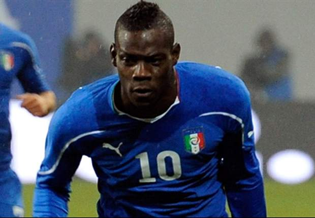 Manchester City's Mario Balotelli included in 24-man Italy squad for Spain friendly