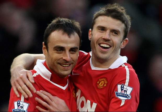 Manchester United midfielder Michael Carrick hails 'great' Dimitar Berbatov after five goal haul