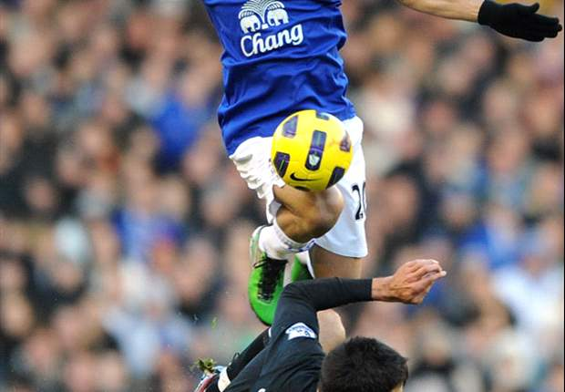 Pienaar not looking past end of the season at Everton - agent