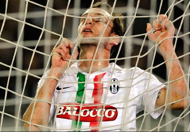 Official: Claudio Marchisio extends Juventus contract until 2016