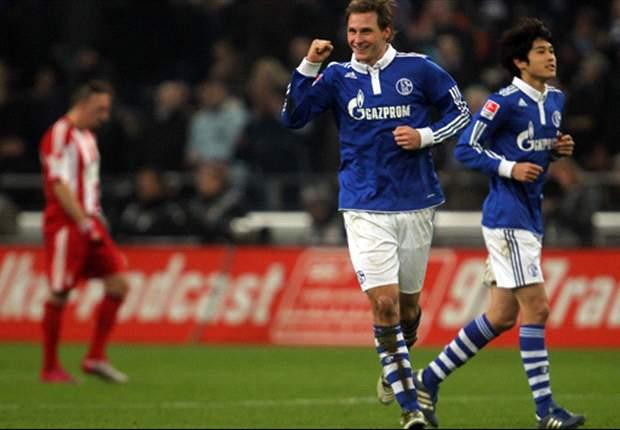 Schalke rule out Bayern Munich move for Benedikt Hoewedes