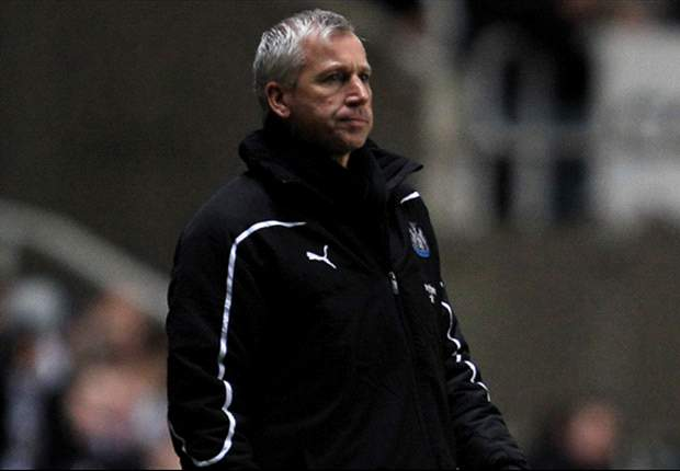 Newcastle boss Alan Pardew warns his players against complacency