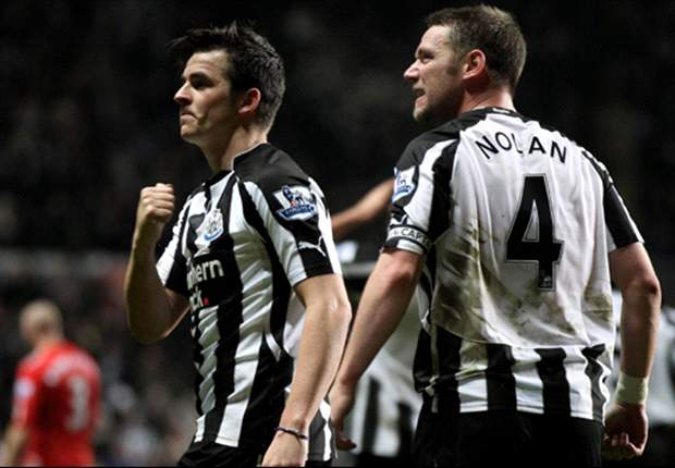 Newcastle United midfielder Joey Barton rubbishes claims there is a dressing room revolt against new manager Alan Pardew