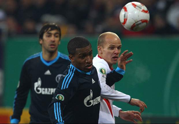Augsburg 0-1 Schalke: Late Jefferson Farfan Strike Sees Visitors Through