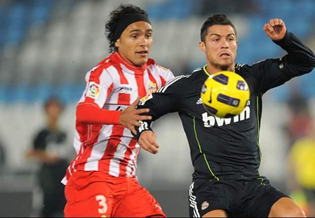 Liga BBVA: Alves y el Almería frenan a un Real Madrid desordenado (1-1)