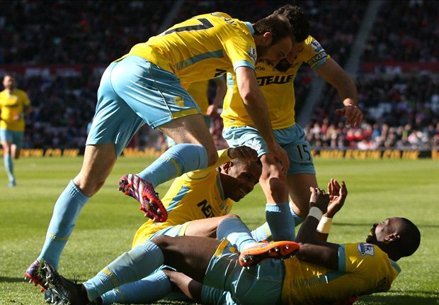 Sunderland 1-4 Crystal Palace: Bolasie hat-trick piles on the misery on Black Cats