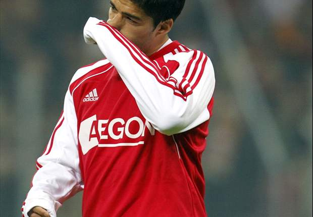 Liverpool told by Ajax to make 'respectful' offer for Luis Suarez