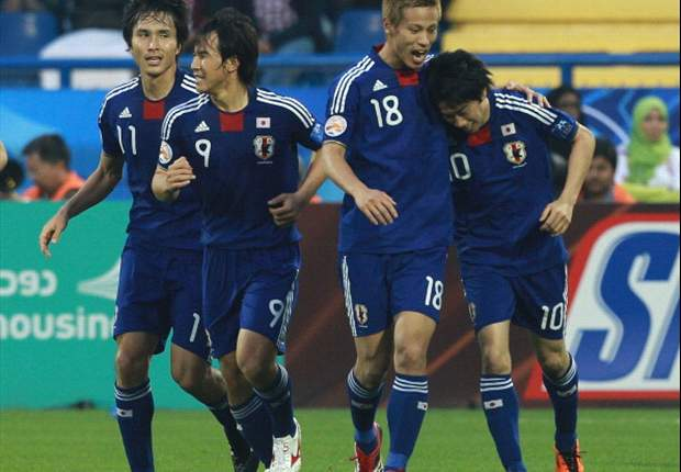 Japan 3-2 Qatar: Kagawa Double Helps Knock Out Spirited Hosts