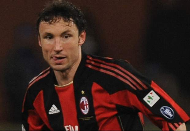 Agent: 'Van Bommel could stay at AC Milan if he is offered a new contract'