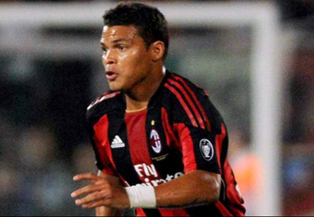 Thiago Silva plays down Barcelona comments: I do not have any intention of leaving AC Milan