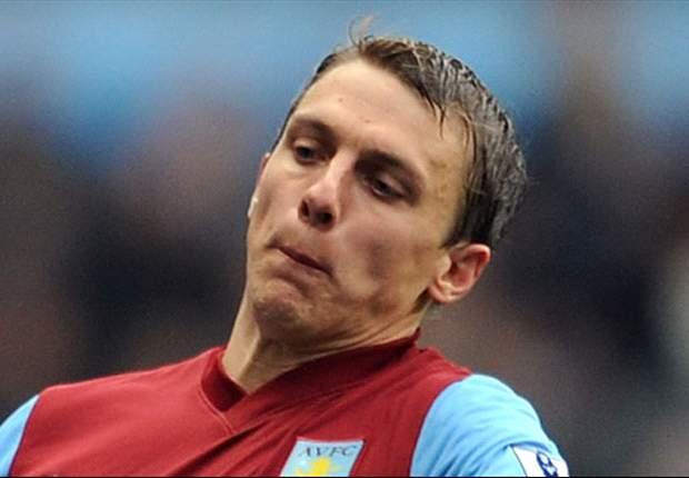 Stephen Warnock Tinggalkan Aston Villa