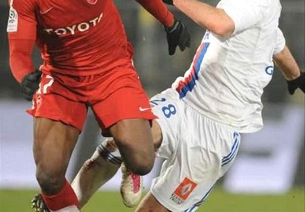Southampton quiere al colombiano Carlos Sánchez