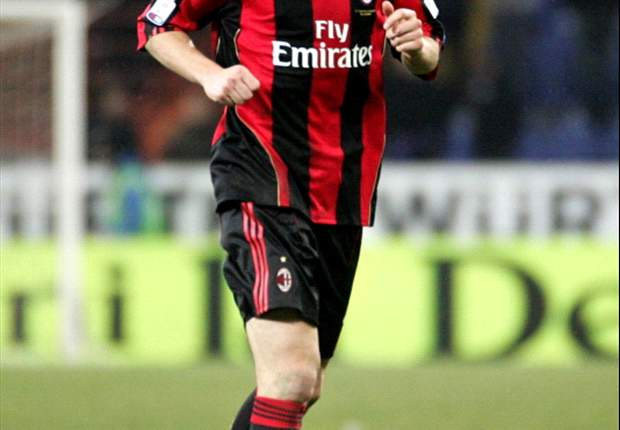 Manchester City attempted to sign AC Milan's Mark van Bommel - agent